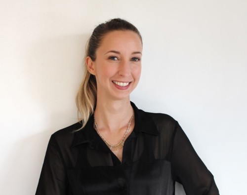 Dr. Stephanie  Tabbert